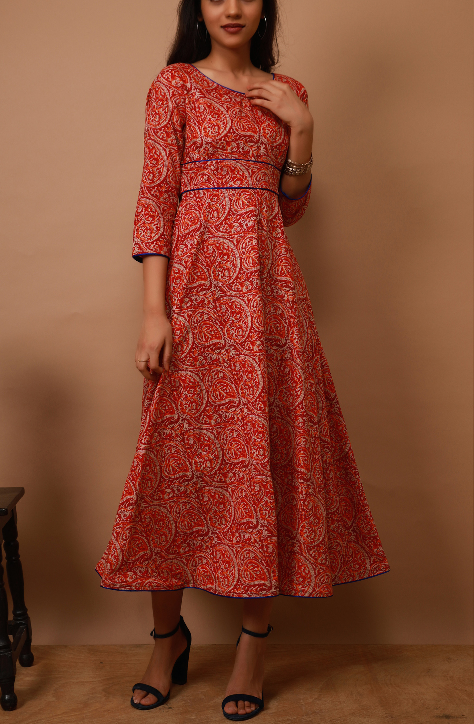 Apple red paisley tunic