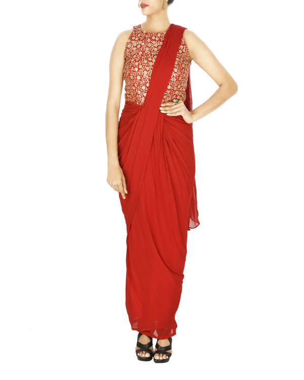 Saree gown in georgette with embroidered yoke