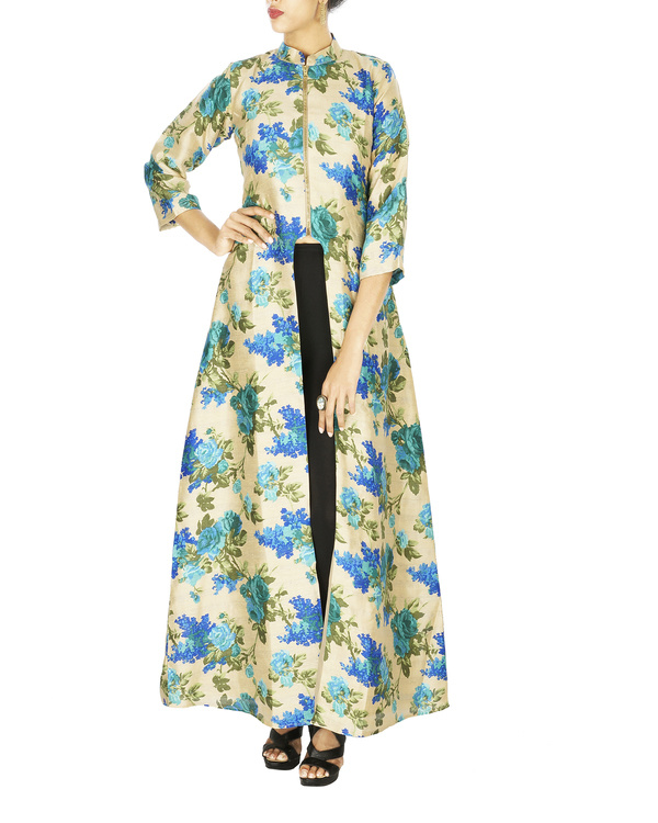 Blue Floral cape in raw silk
