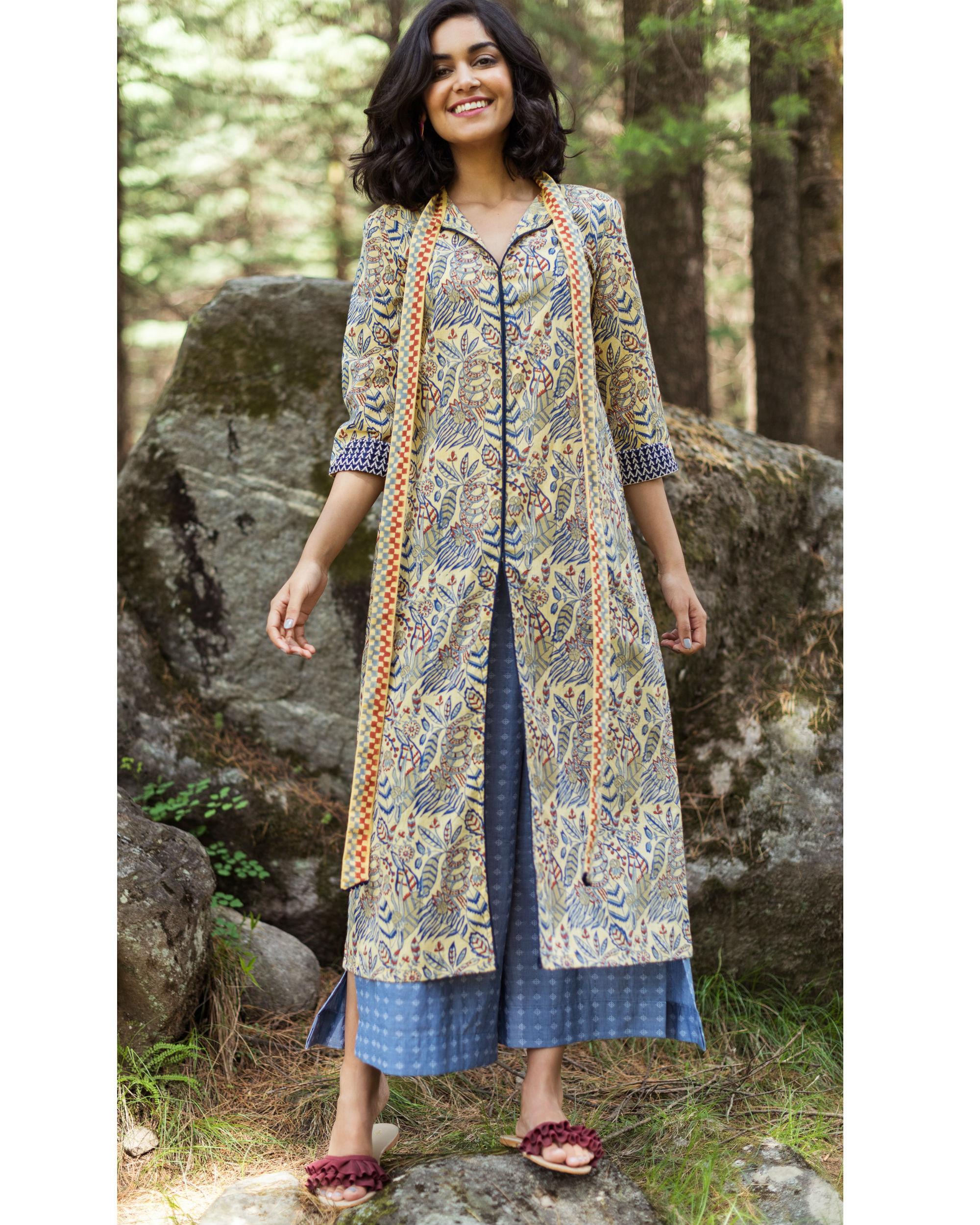 Rainforest front slit tunic