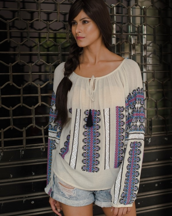 Heritage boho front knot top