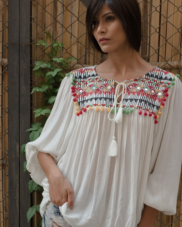 Vidsy front knot boho top
