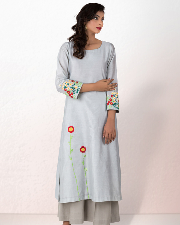 Silver grey chanderi kurta with grey palazzo