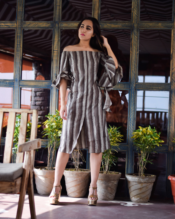 Grey vertical striped front slit dress