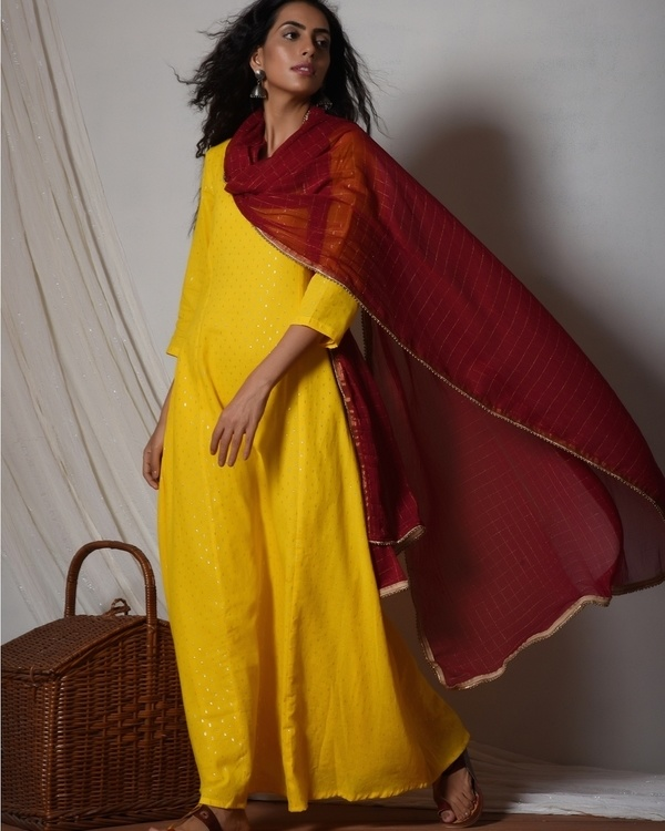 Yellow kurta dress with red chiffon dupatta