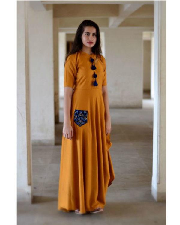 Gold yellow needle dress