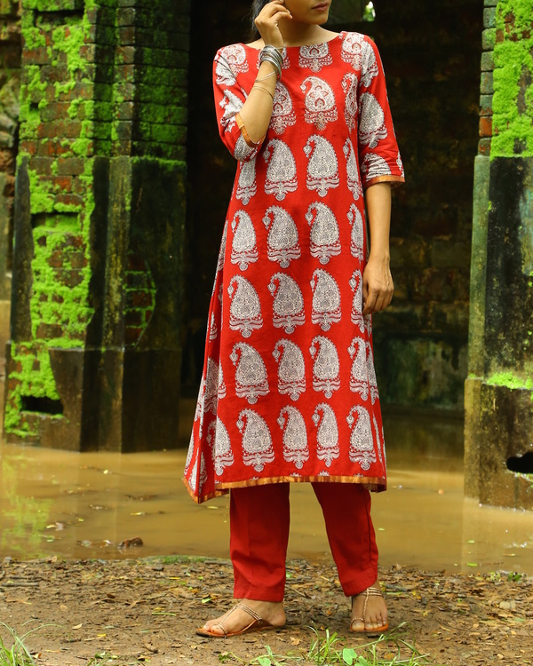 Red classic bagh printed cotton kurta