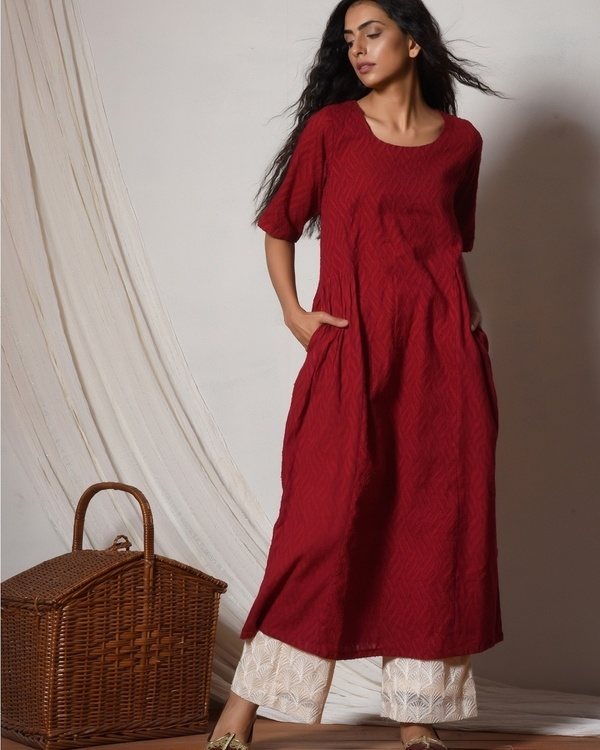 Red kurta with ivory thread work farshi pant