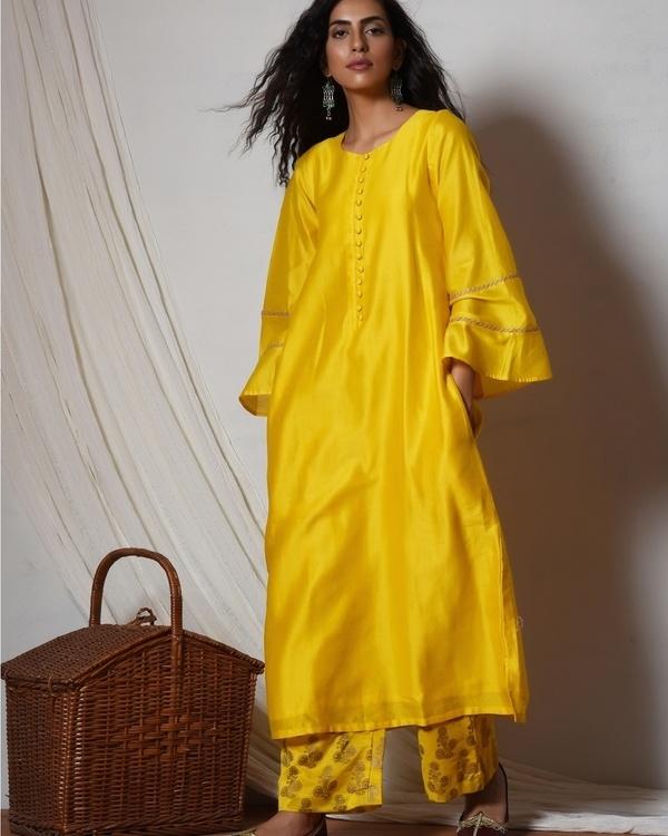 Yellow bell sleeve kurta with gold booti farshi pant