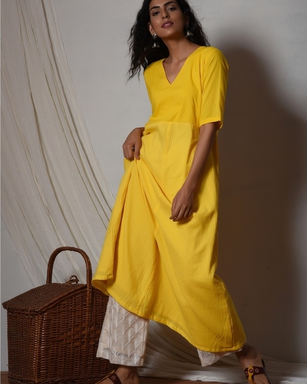 Yellow stripe kurta with ivory thread work farshi pant