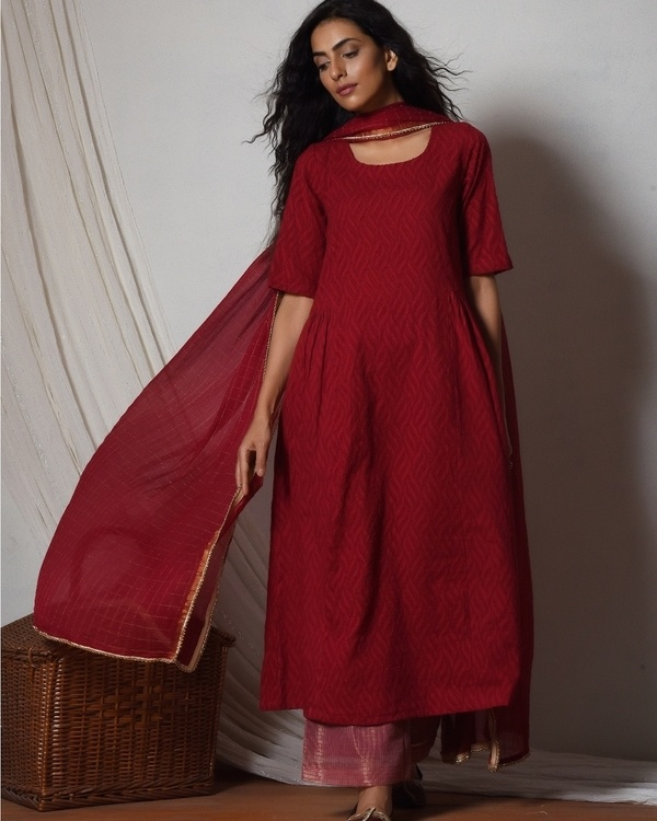 Red kurta with kota silk farshi pant and chiffon bordered dupatta