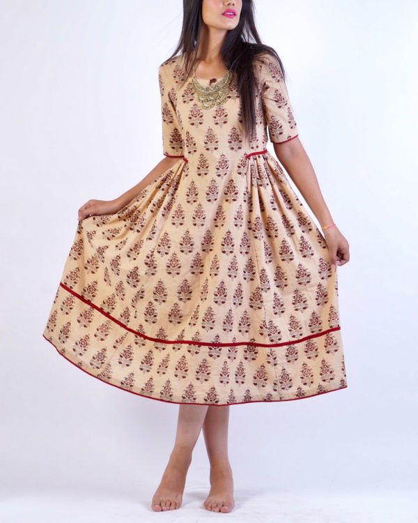 Maroon beige block printed midi dress