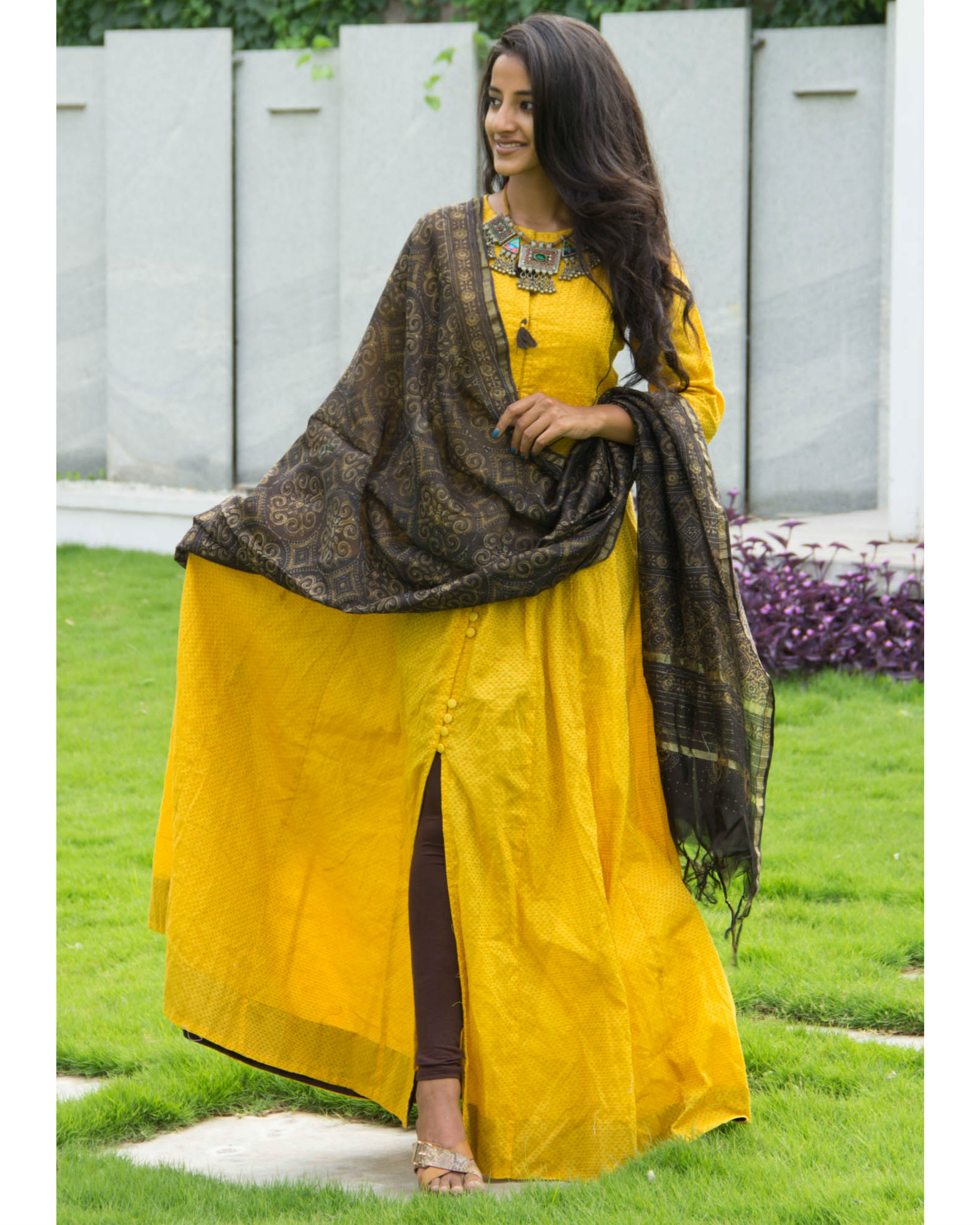 Dandelion tunic with dupatta