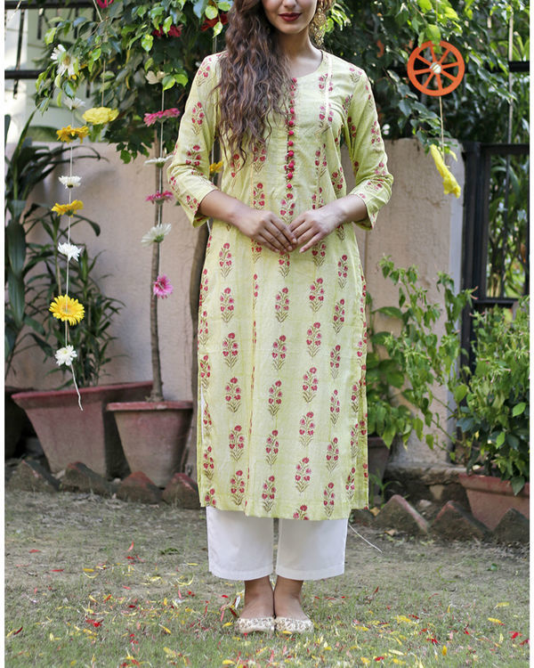 Soft green mughal print kurta set