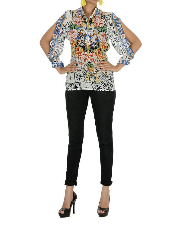 Digitally printed stylized top