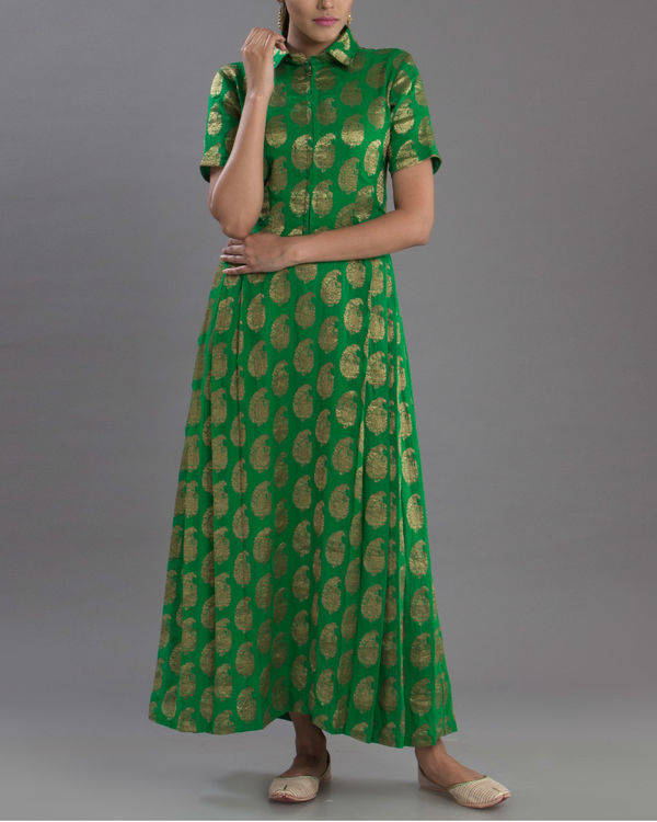 Regal green gown