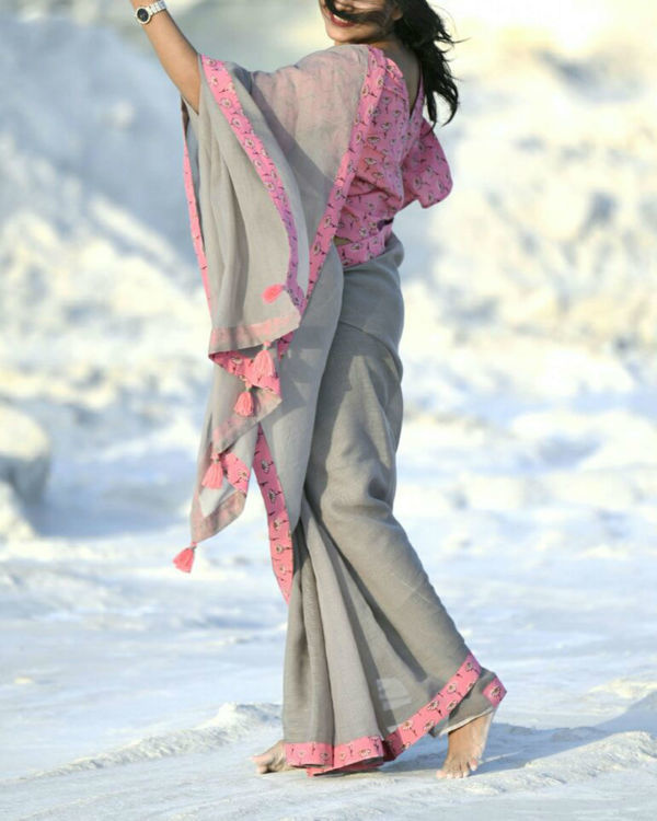 Grey doriya sari with pink daisy blouse