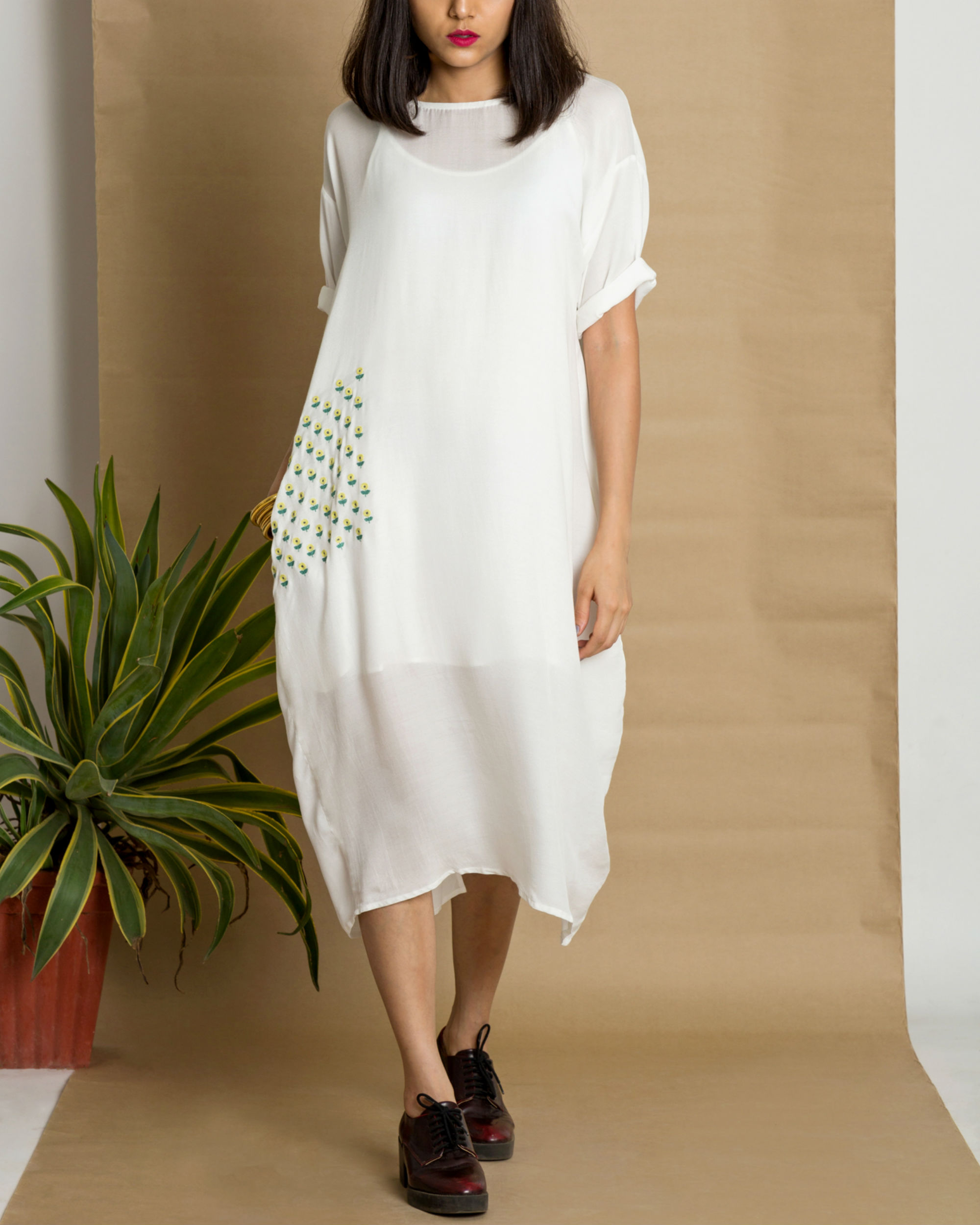 White moss crepe loose fit dress