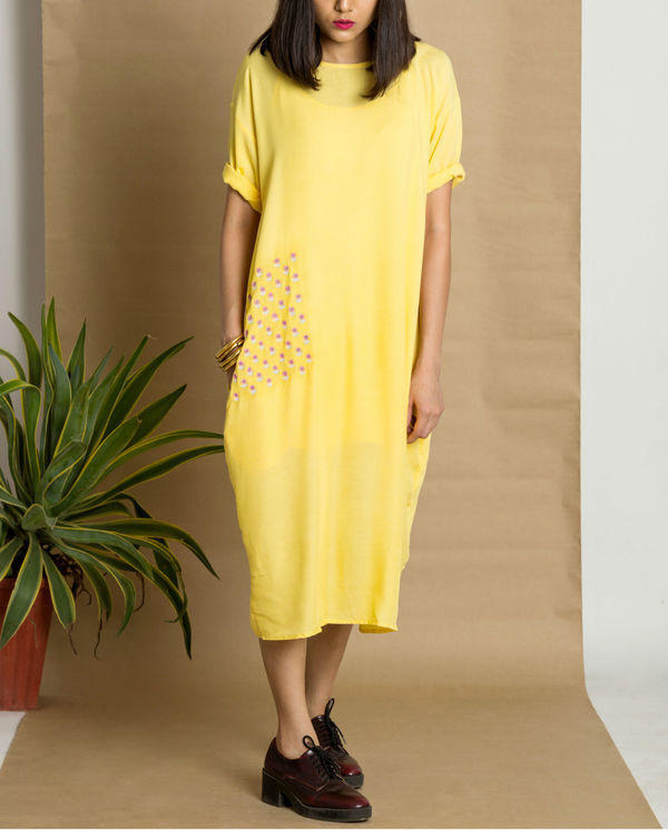 Yellow moss crepe loose fit dress