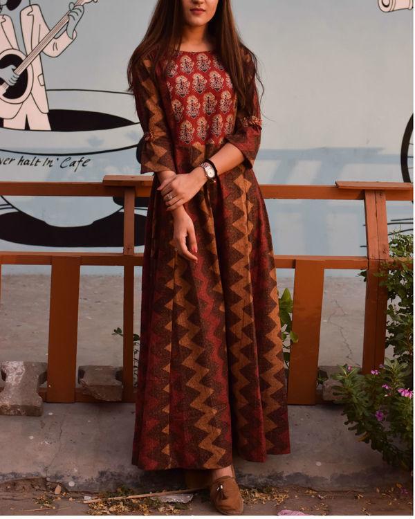 Maroon and brown shades dress