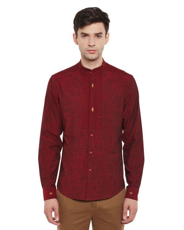 Maroon mangalgiri cotton slub safe pocket shirt