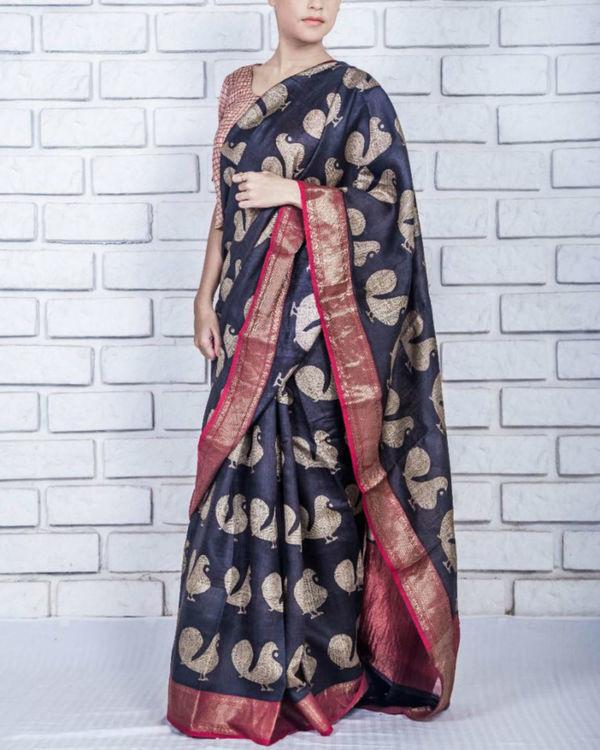 Black tint drape sari