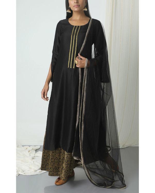 Black floral skirt kurta with dupatta