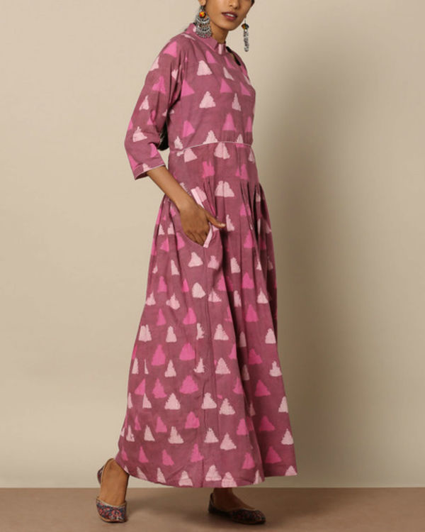 Pink geometric maxi