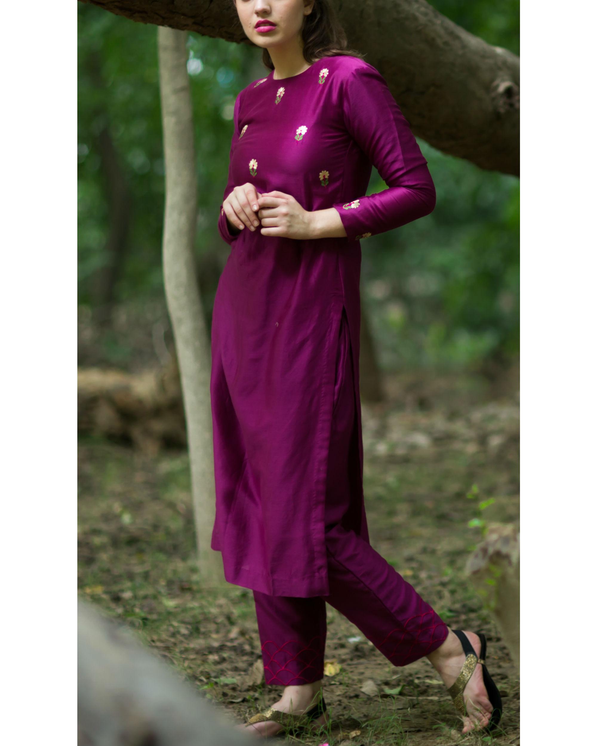 Burgundy embroidered bootah kurta set