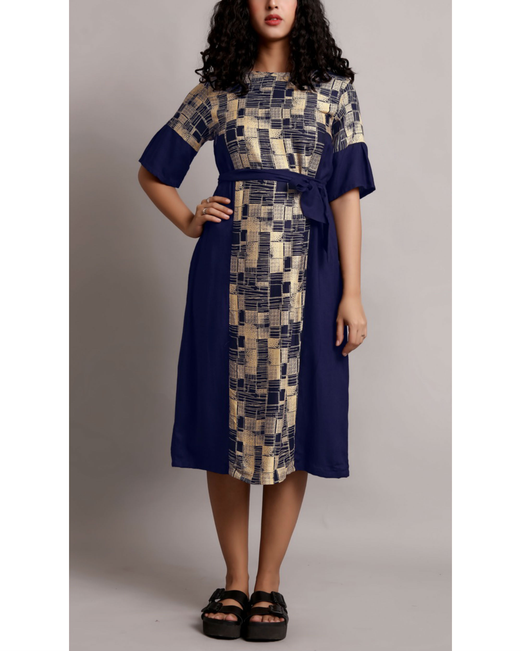 Printed midi dress with waist belt