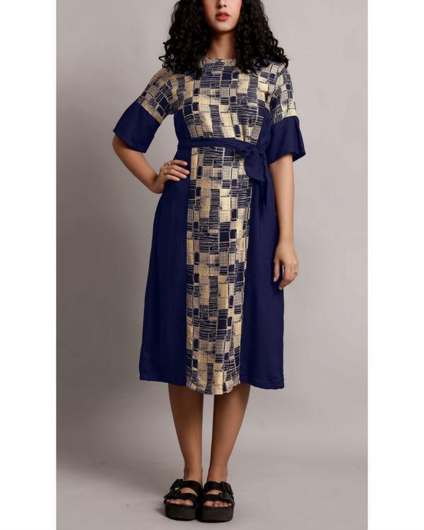 Printed midi dress with waist belt