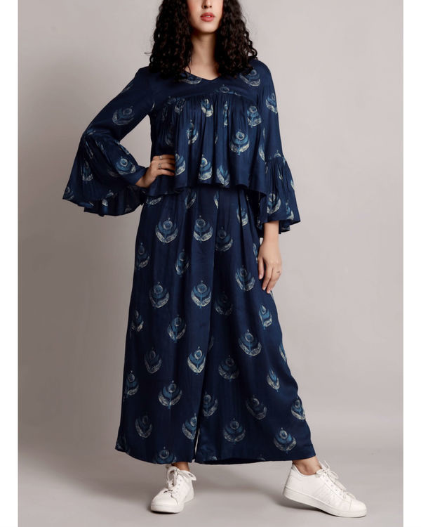 Blue flare crop and culottes set