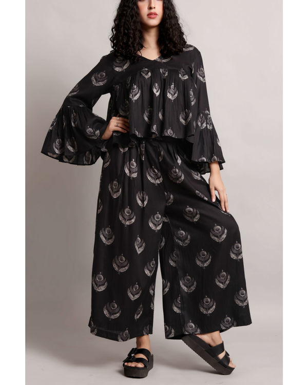 Black flare crop and culottes set