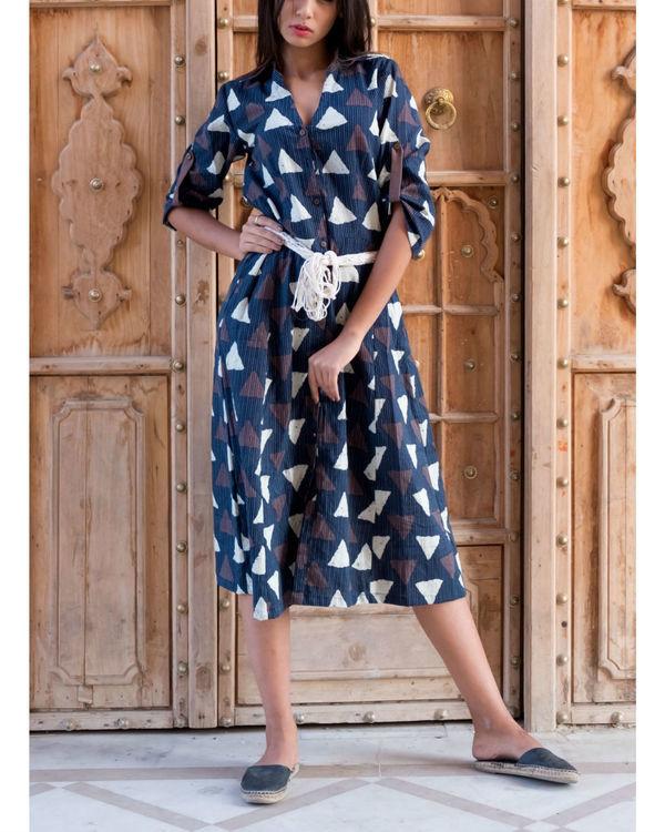 Triangle print kantha dress with belt