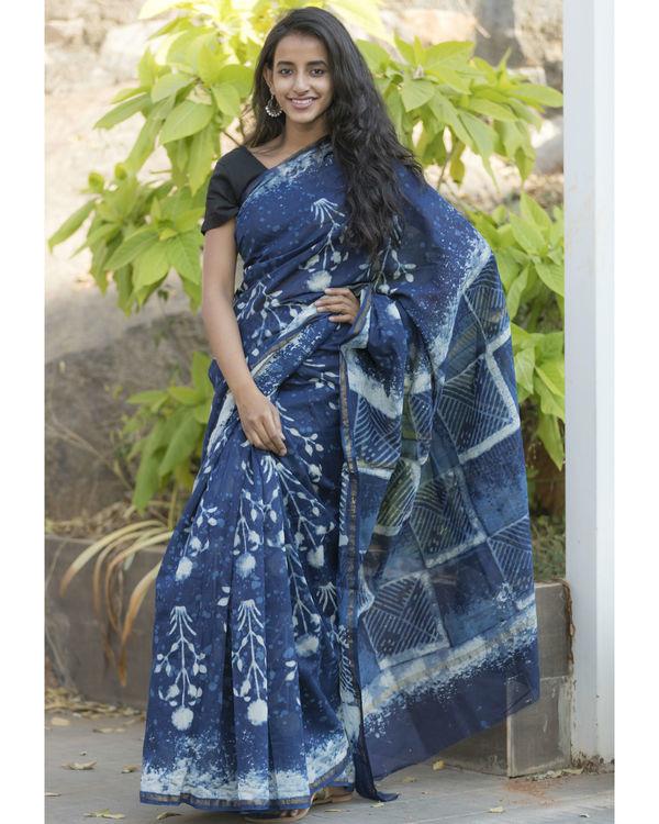 Floral indigo sari