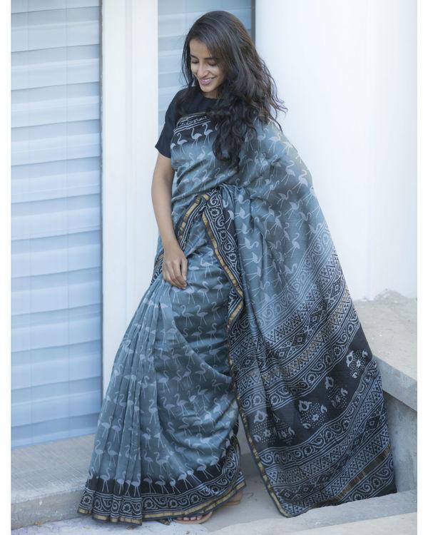 Retro style grey printed sari