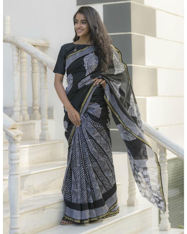 Half and half leaf printed sari