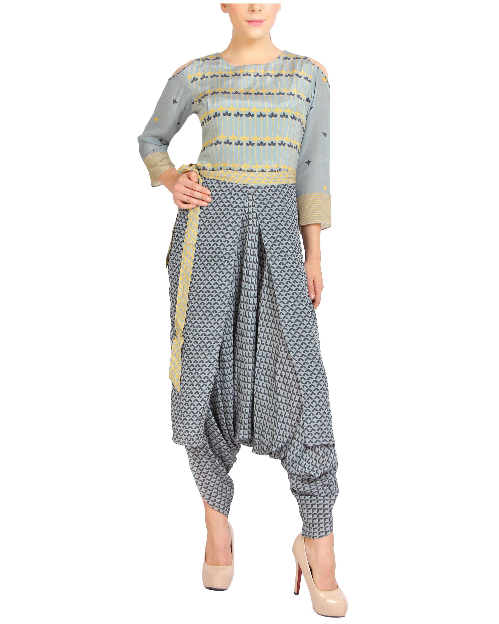 Cold shouldered printed jumpsuit