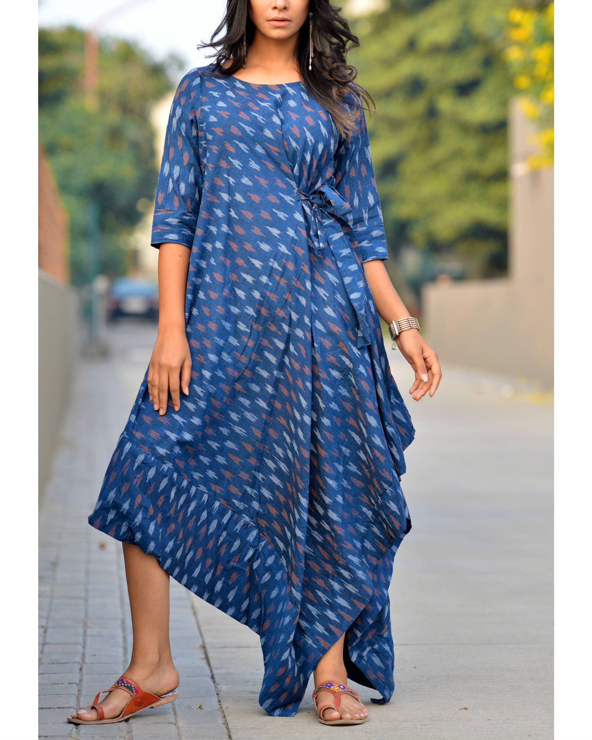 Blue asymmetric tie up kurta
