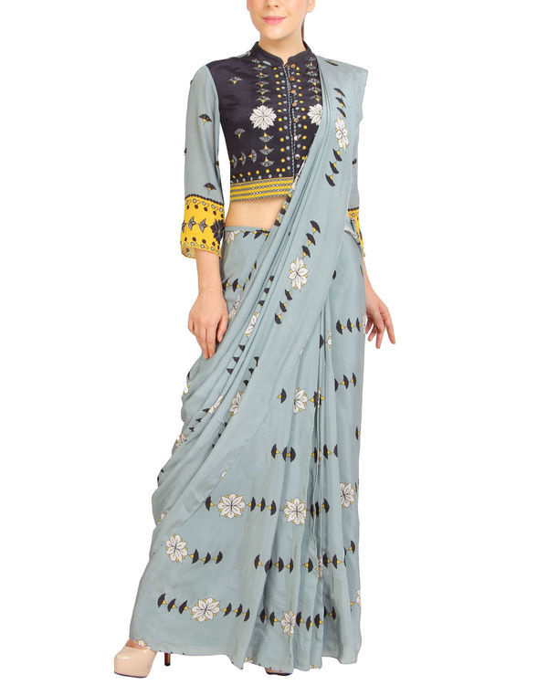 Blue printed sari with zipper blouse