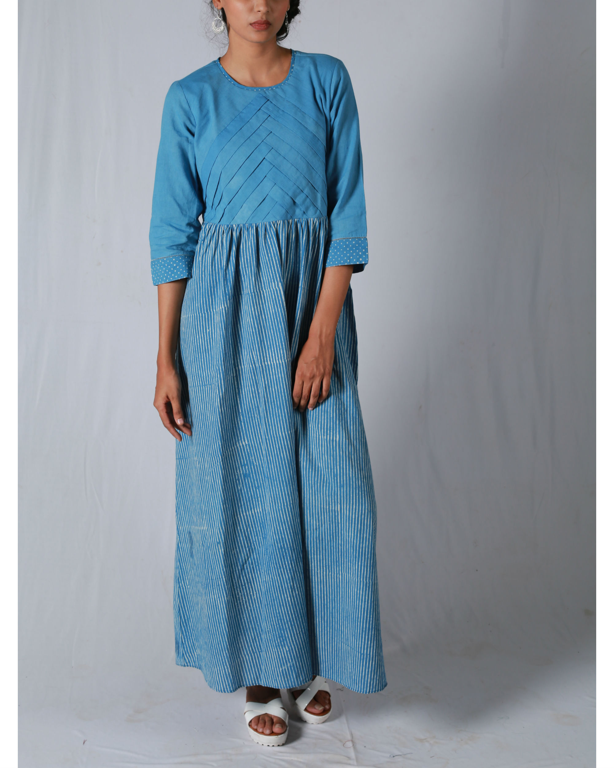 Blue pleated thin striped maxi