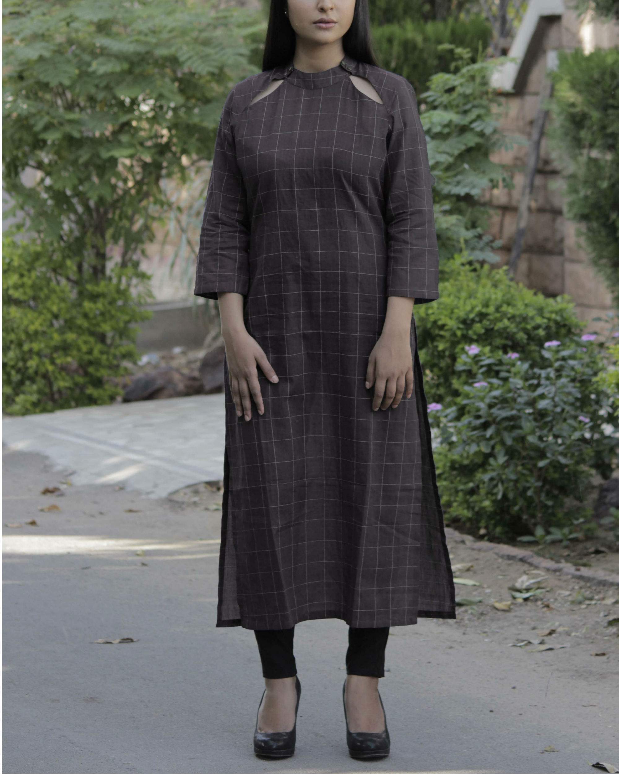 Brown kurta with cut out neckline