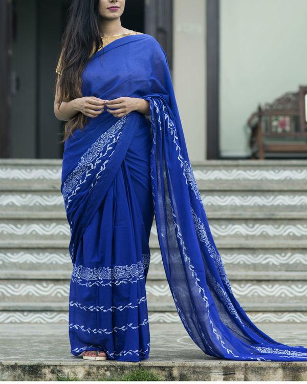 Indigo floral print sari