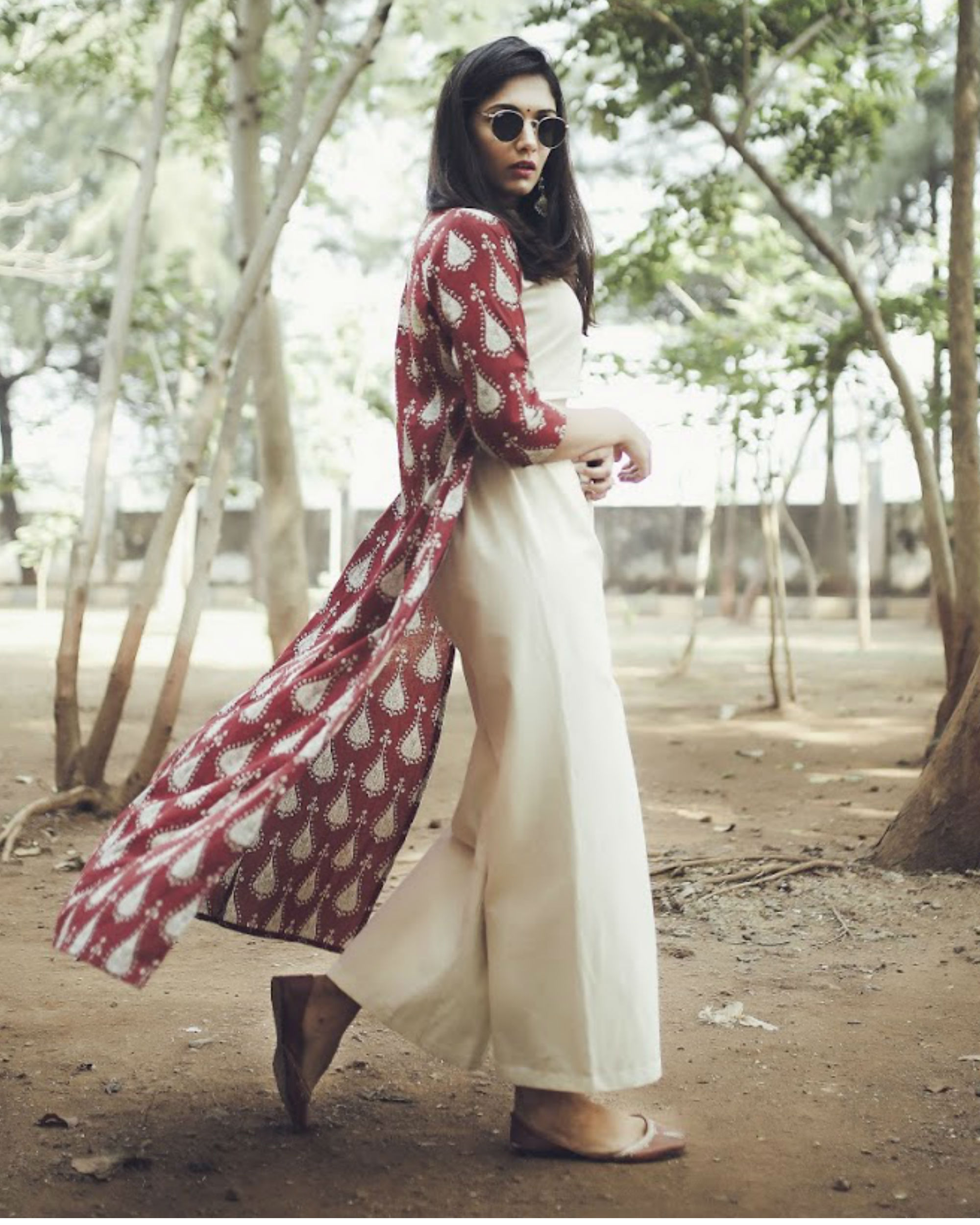 Red and beige set with cape