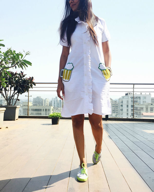 White t-shirt midi dress with pockets