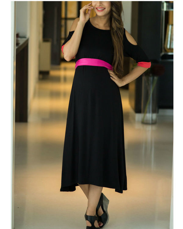 Chic black cold shoulder maternity dress