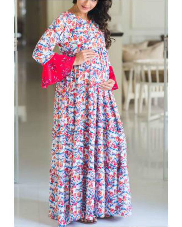 Multilayer white boho flower bomb single zip maternity & nursing dress