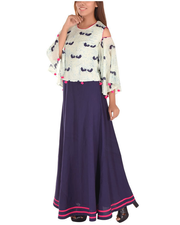 Blue bird printed cape with inner