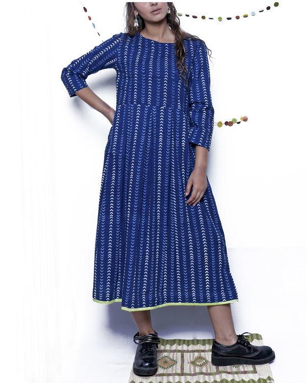 Indigo arrow print dress