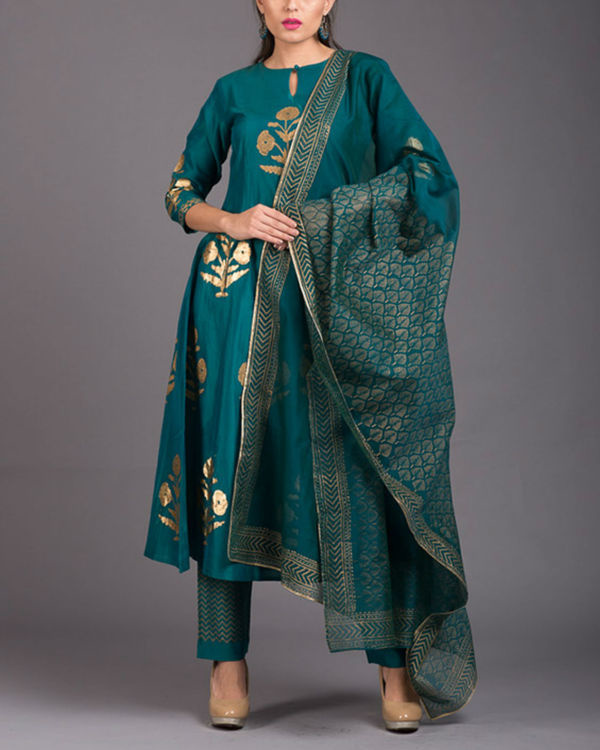 Aquamarine daisy printed set with firozi dupatta